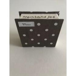 Pannenlap van effen kobaltblauwe katoen en Delftsblauw bloemmotief€3,50
