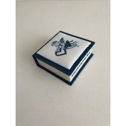 Kerstbal met glanzende voeringstof en kant Ø 12 cm