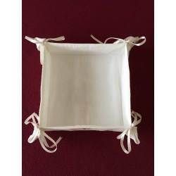 Kerstbal met strikjes, pareltjes en koord Ø 6 cm €4,95