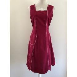 Kerst / menukaart met handgeborduurd meisje met kandelaar €5,95